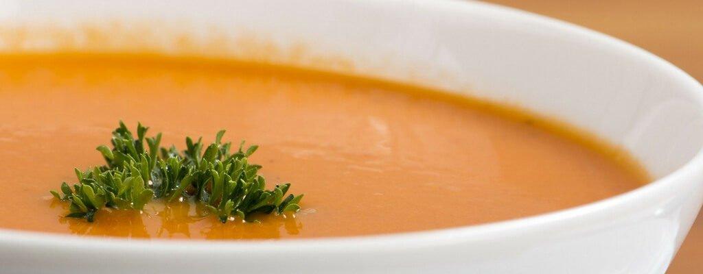 Tomatensuppe mit dem Suppenbereiter